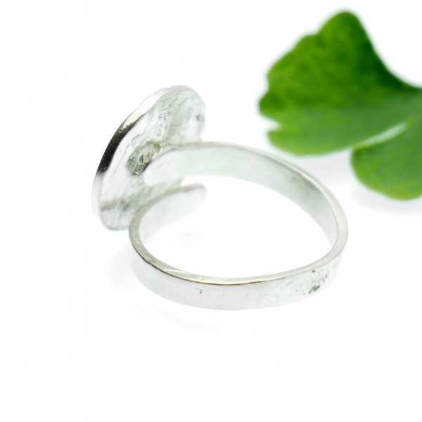 Petit bracelet fleur Rose blanc opaque doré à l'or fin Rose
