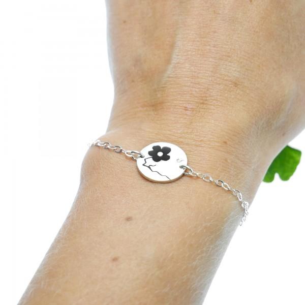 Bracelet réglable rond Fleurs de Cerisier en argent massif et résine noire Fleurs de Cerisier 57,00€
