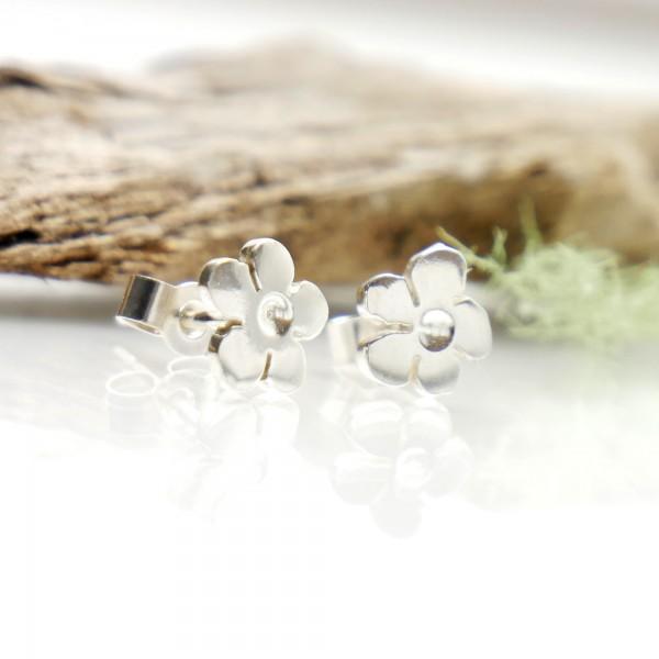 Kleine Sterling Silber Kirschblumen Ohrringe der Prunus Sammlung Prunus 35,00€