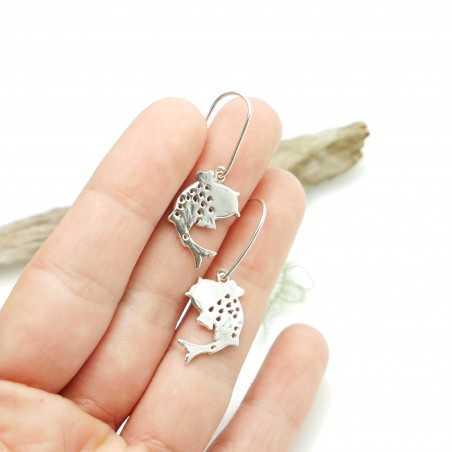 Sterling silver minimalist earrings with dark violet resin