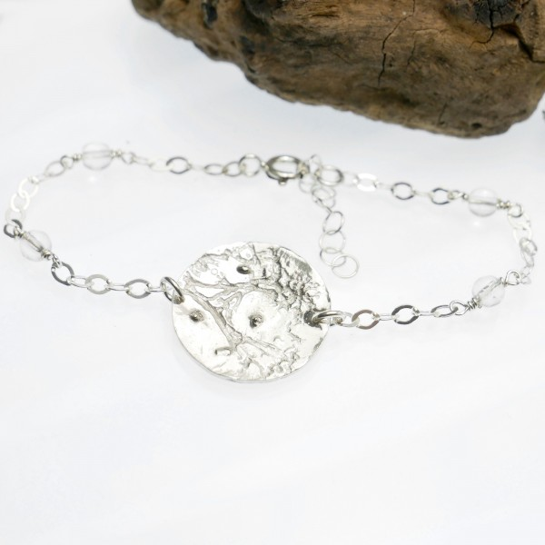 Bracelet ajustable Rosée du Matin en argent massif et perles de cristal Rosee du Matin 67,00€