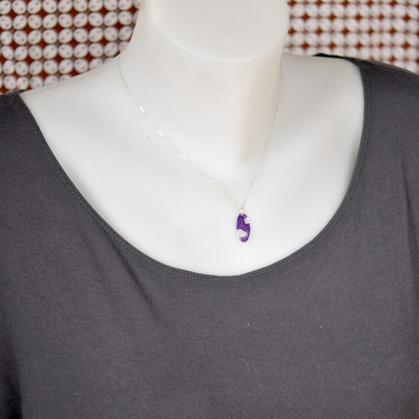 Valentine necklace. Sterling silver and purple resin Valentine 57,00 €