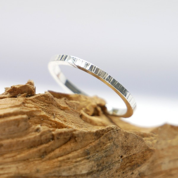 Minimalist sterling silver ring Home 27,00 €