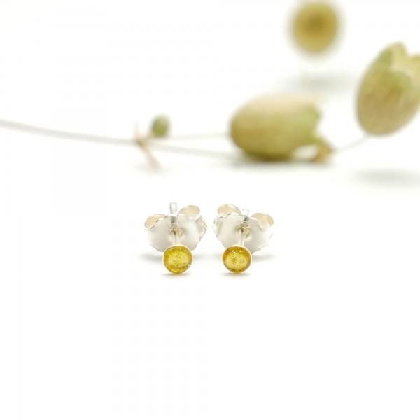 Boucles d'oreilles puces en argent massif 925/1000 et résine jaune pailletée collection Niji NIJI 17,00€