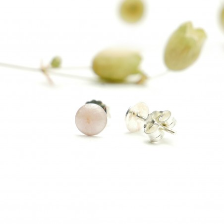 Sterling silver minimalist earrings with light pink pearl resin NIJI 25,00€
