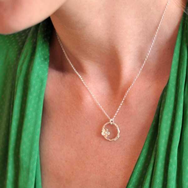 minimalist necklace flower silver 925 made in France Desiree Schmidt Paris Sakura 57,00€