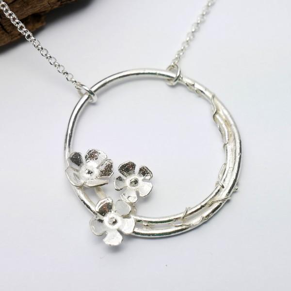 Sterling silver Sakura flower adjustable necklace Sakura 77,00€