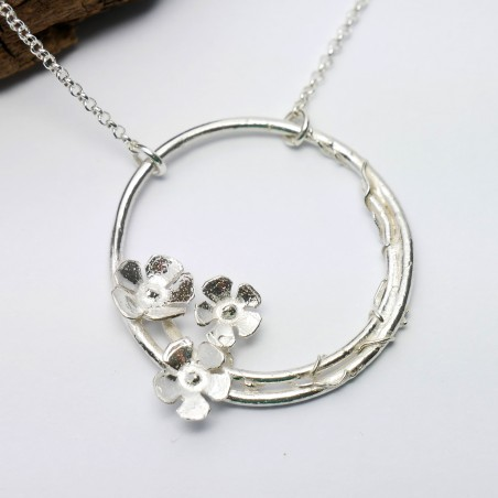 Sakura flower ajustable necklace. Sterling silver. Sakura 77,00€