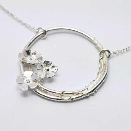 Sakura flower necklace in 925/1000 silver made in France Desiree Schmidt Paris Sakura 77,00€
