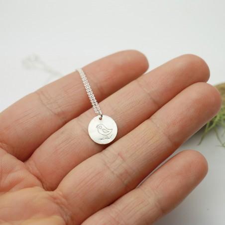 Pendentif minimaliste en argent massif 925/1000 avec motif oiseau chaine ajustable Desiree Schmidt Paris MIN 25,00€