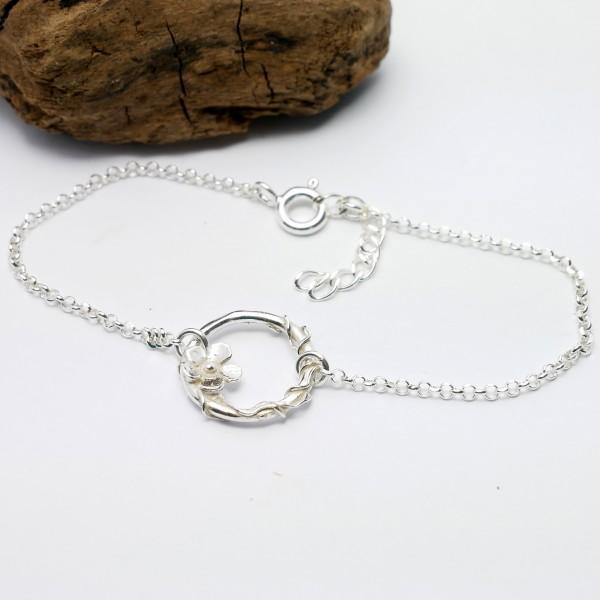 Sakura flower ajustable bracelet. Sterling silver. Sakura 52,00€