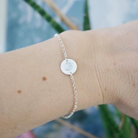 Sterling silver minimalist adjustable bracelet with skull Desiree Schmidt Paris Home 25,00€