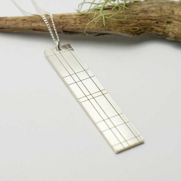 Pendant in sterling silver 925/1000 long on long chain Kilt Kilt 87,00€