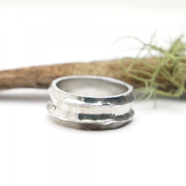 Minimalist Bamboo sterling silver ring Home 97,00€