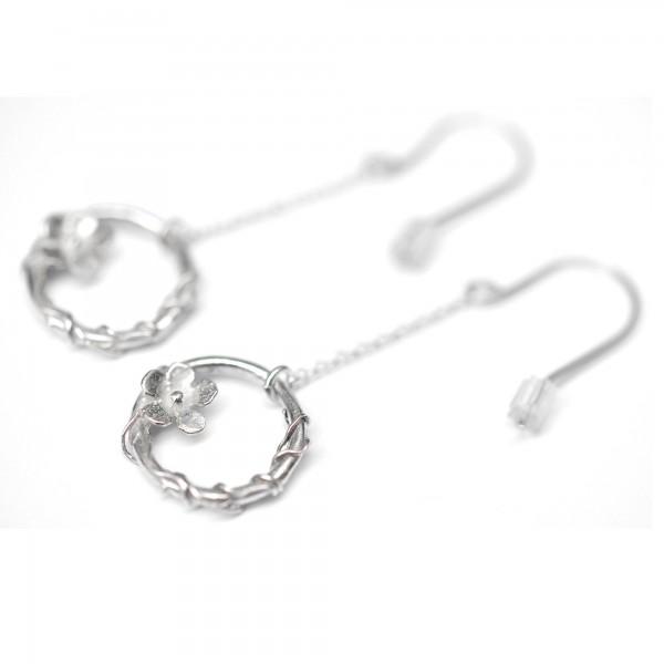 Kleine Sakura Ohrringe aus 925 Silber Sakura 77,00€