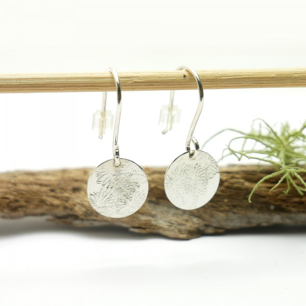 Sterling silver minimalist pendent earrings with flowers motive Earrings 27,00 €