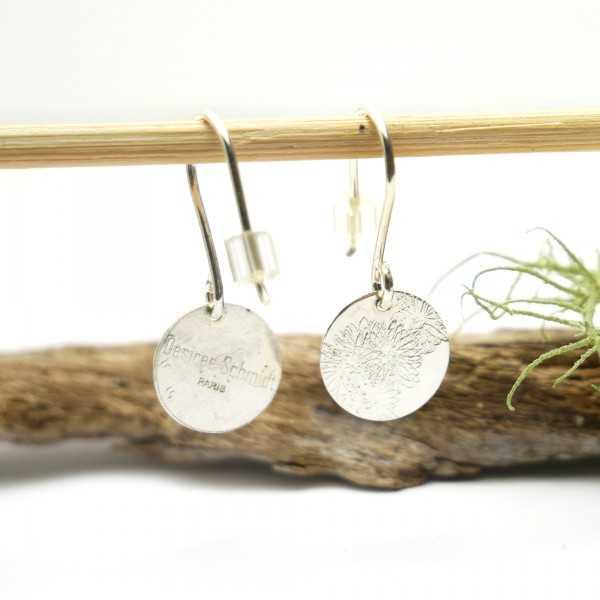 Sterling silver minimalist pendent earrings with flowers motive Earrings 27,00€
