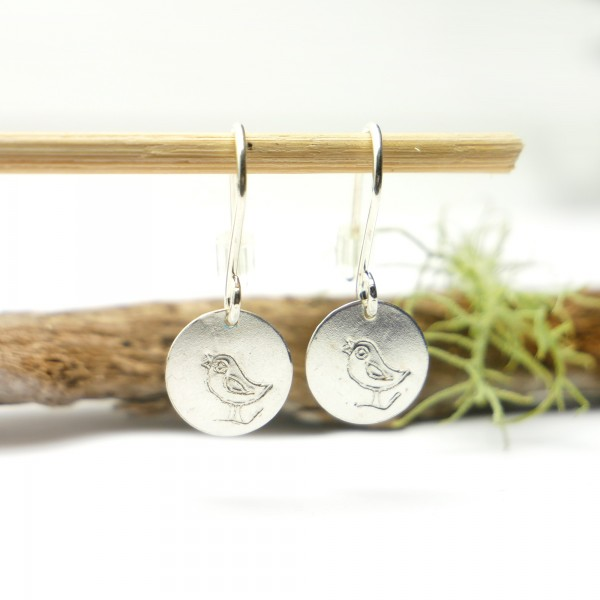 Sterling silver minimalist pendent earrings with bird motive Earrings 27,00 €