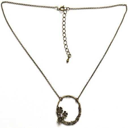 Grand collier ras du cou fleur Sakura en bronze vieilli Desiree Schmidt Paris Sakura 57,00€