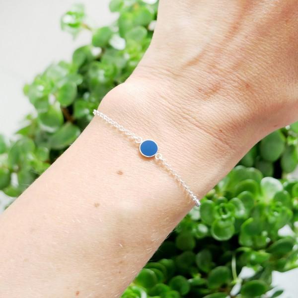 Bracelet en argent massif 925/1000 et résine bleu pervenche longueur réglable Desiree Schmidt Paris Accueil 25,00€