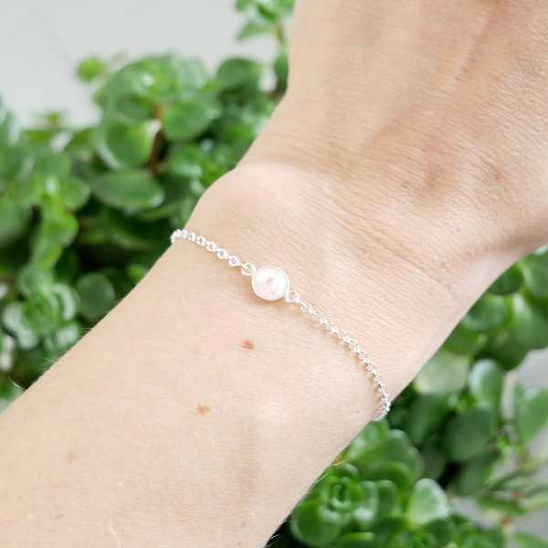 Bracelet en argent massif 925/1000 et résine rose nacré longueur réglable Accueil 25,00€