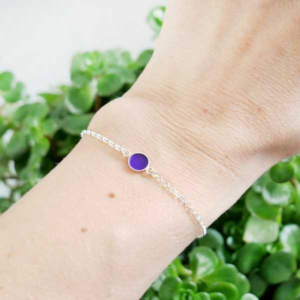 Bracelet en argent massif 925/1000 et résine violet translucide longueur réglable Accueil 25,00€