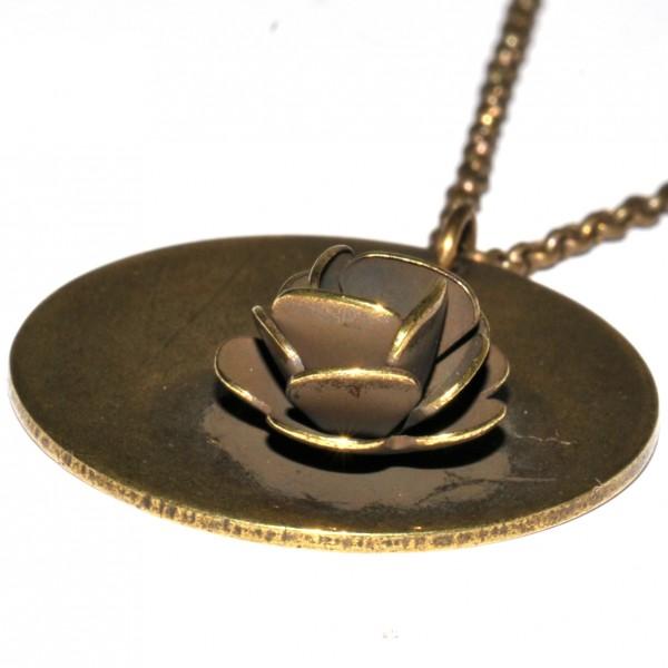 Grand collier rond Rose en bronze vieilli  Rose 39,00€