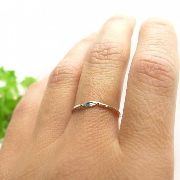 Minimalist thin leaf ring...