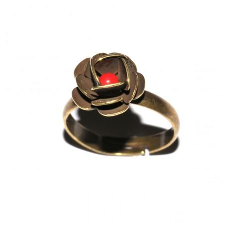 Kleiner verstellbarer Rose-Ring aus gealterter Bronze Rose 27,00€