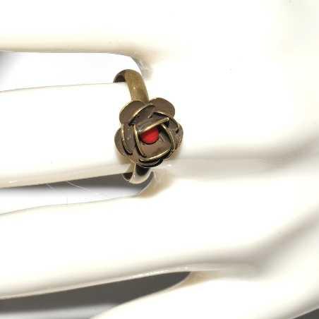Petite bague réglable Rose en bronze vieilli Rose 27,00€