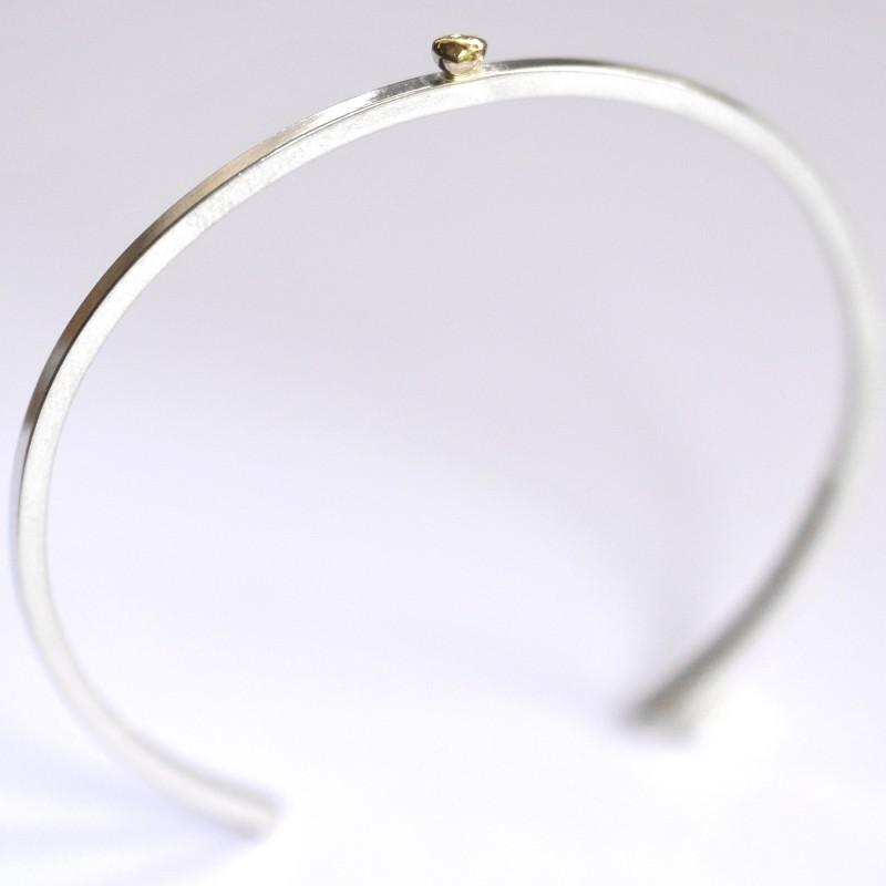Rain Drop sterling silver bracelet with 24 carat gold drop Desiree Schmidt Paris Rain drop 127,00€