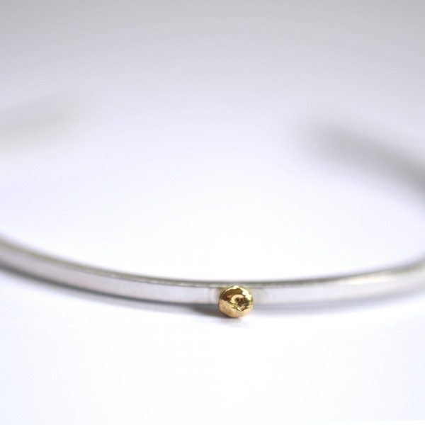 Rain Drop sterling silver bracelet with 24 carat gold drop  Rain drop 127,00 €