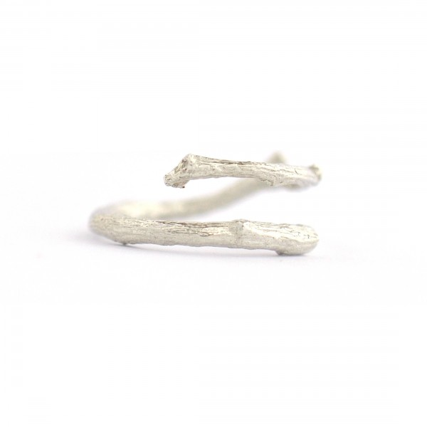 Branch ajustable sterling silver ring Eda 57,00 €
