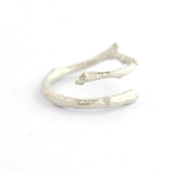Branch ajustable sterling silver ring  Eda 57,00€